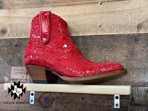 Mila Boot in Raider Red