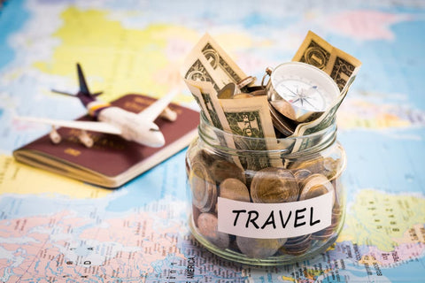 SAVING MONEY ON TRAVEL DURING THE HOLIDAYS