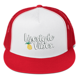 LIFESTYLE VIBES Trucker Cap with Pineapple