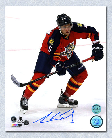 AARON EKBLAD FLORIDA PANTHERS AUTOGRAPHED ROOKIE ACTION 8X10 PHOTO