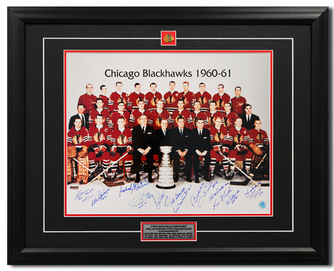 1961 CHICAGO BLACKHAWKS STANLEY CUP CHAMPS 10 PLAYER TEAM SIGNED 25X31 FRAME