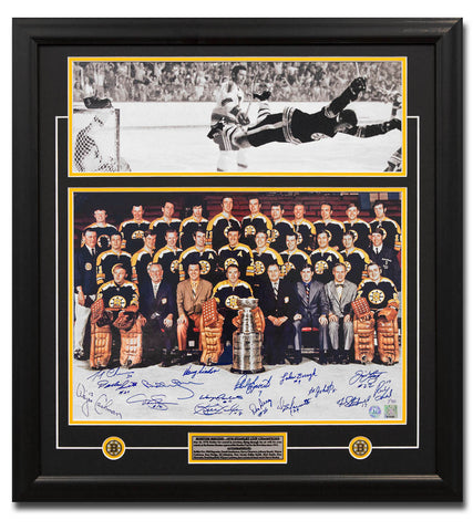1970 BOSTON BRUINS STANLEY CUP 16 PLAYER TEAM SIGNED BOBBY ORR GOAL 27X29 FRAME