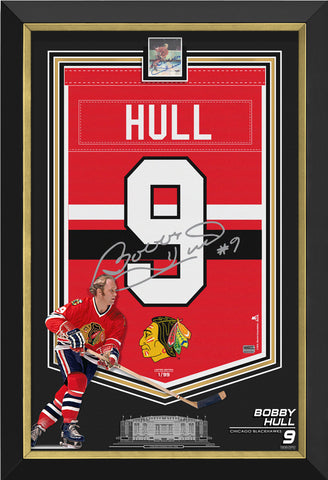 BOBBY HULL FRAMED ARENA BANNER LIMITED EDITION 1/99 BLACKHAWKS, SIGNED CARD