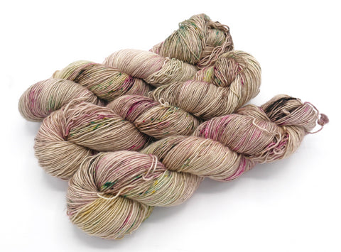 Veritas Serum, Hand Dyed Yarn - Merino Single - In Stock
