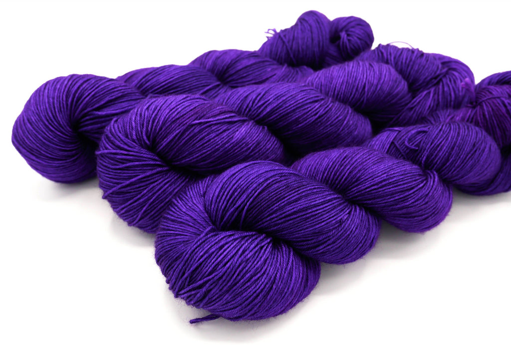 Liz, Superwash Merino Wool Hand Dyed Sock Yarn - In Stock
