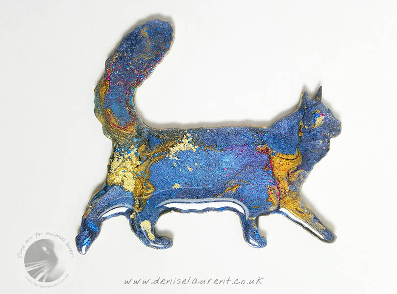 Walking Maine Coon Cat Brooch - Blue