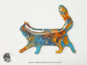 Walking Blue Maine Coon Cat Brooch