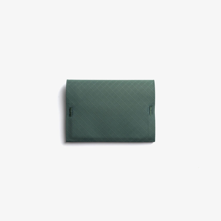 Ion Bifold evergreen closed front Pioneer
