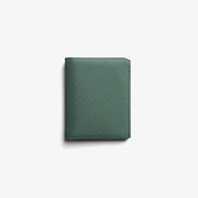 Matter Bifold evergreen closed front