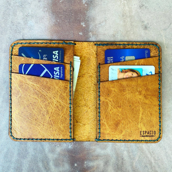 Vaquera Vertical Wallet