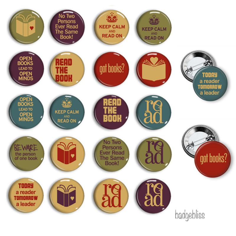 Button badge Books