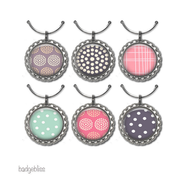 Wine glass charms Chevron and dots - Badge Bliss