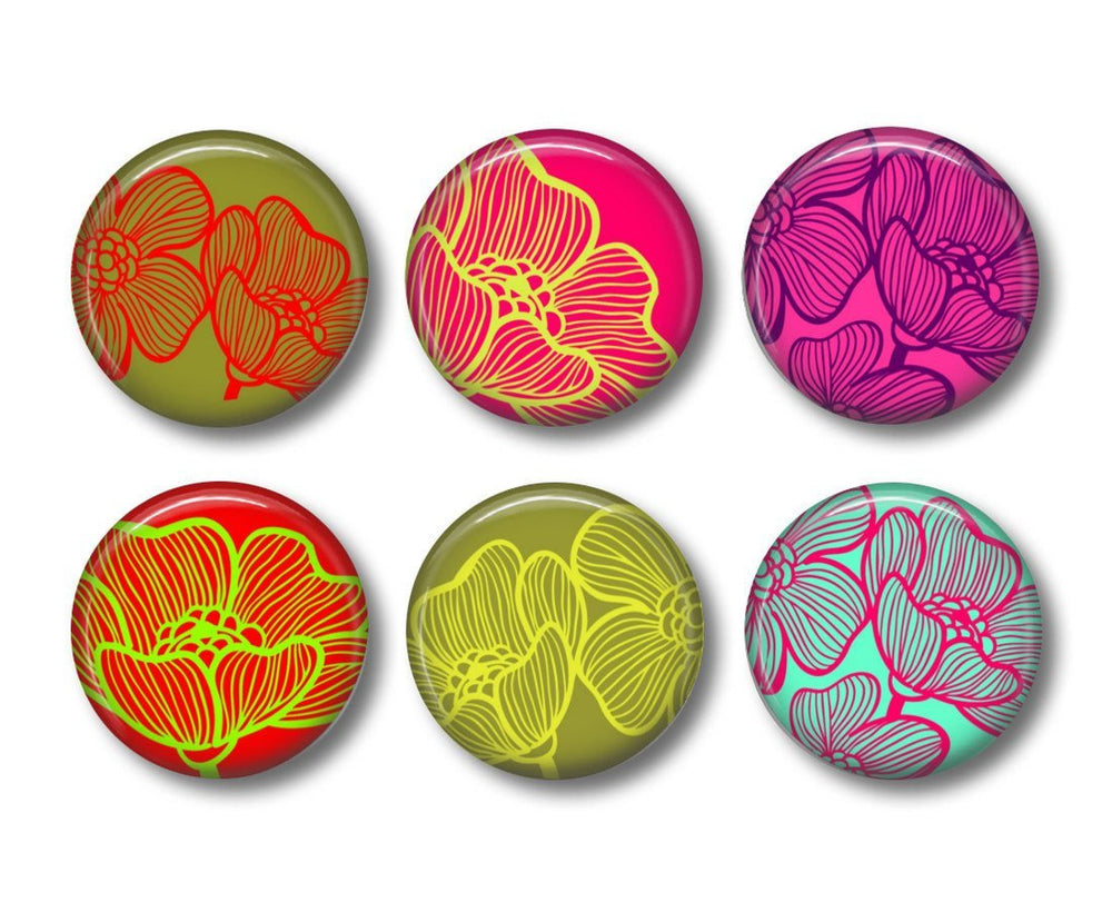 Bright floral badges or fridge magnets