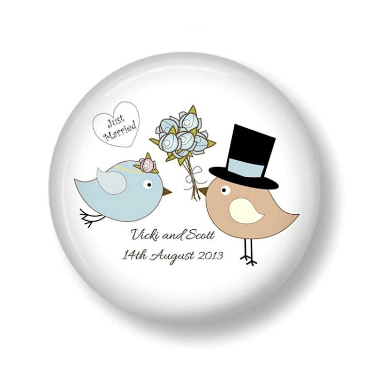 Wedding favour personalised magnet Lovebirds 2 - badge-bliss