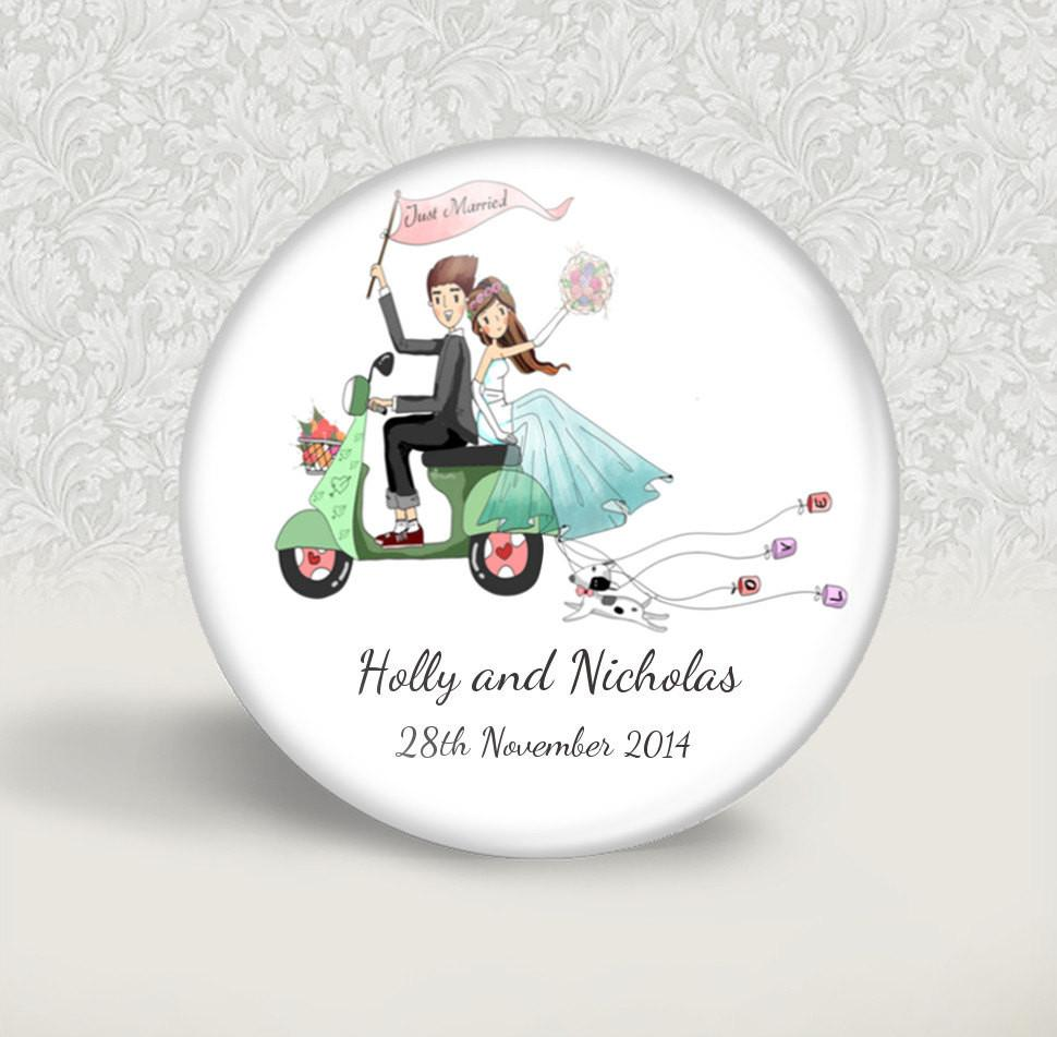 Personalised wedding magnet favour - badge-bliss