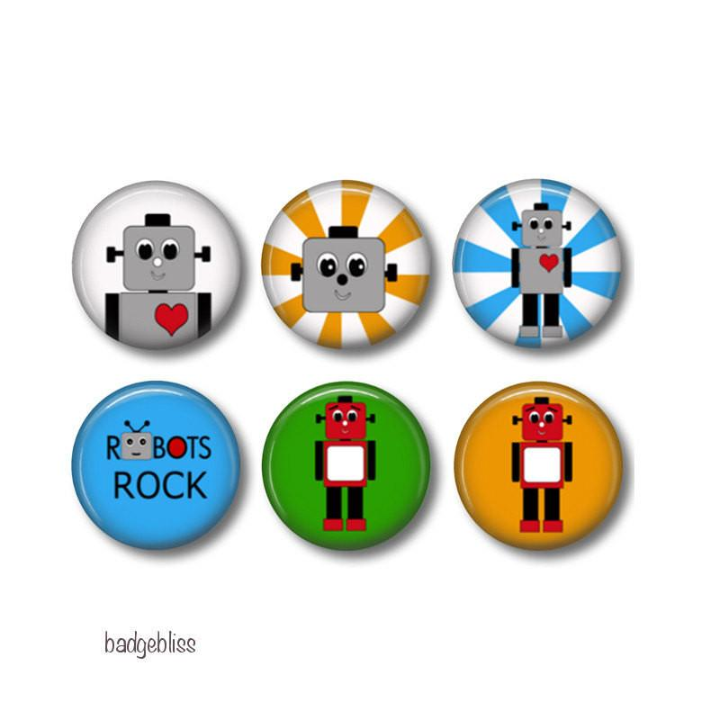Robot badges or fridge magnets - badge-bliss