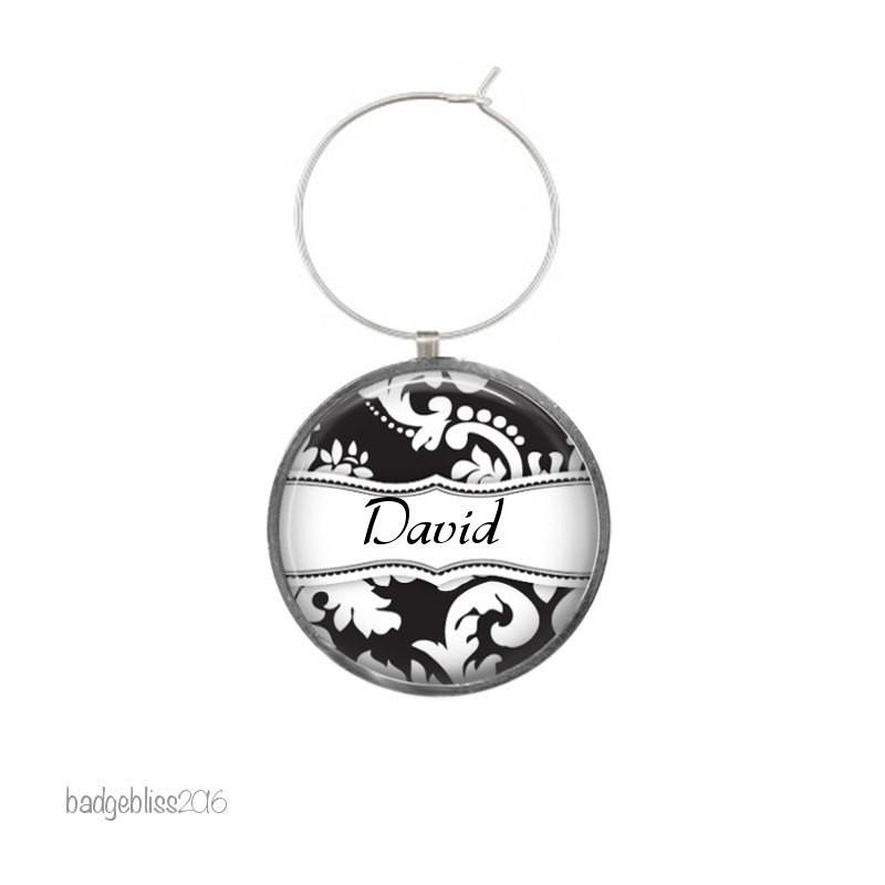 Wine glass charm personalised black and white - Badge Bliss