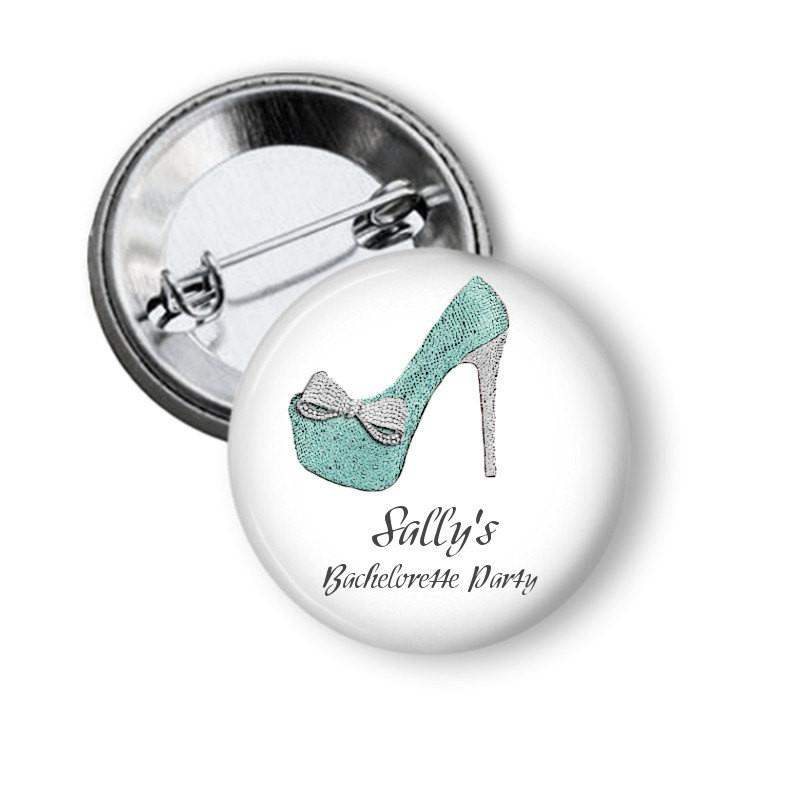 Hen party button badge Shoe - badge-bliss