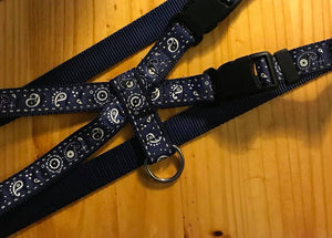 "1"" Blue Bandana Pig Harness - Penny and Hoover's Pig Pen"