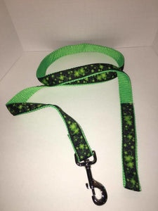 "1"" Clovers in the Wind Leash - Penny and Hoover's Pig Pen"