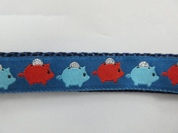 "3/4"" Piggy Bank Leash - Penny and Hoover's Pig Pen"
