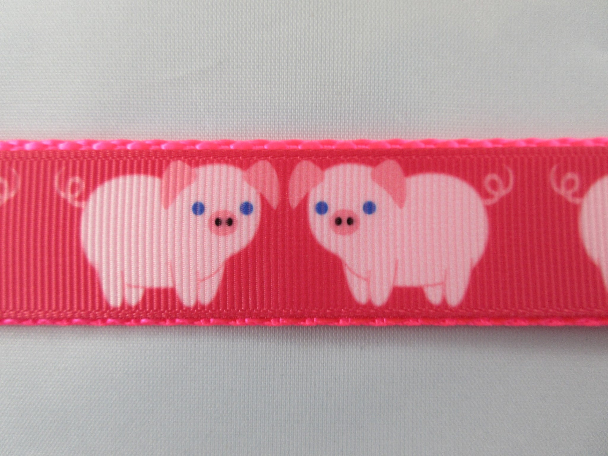 "3/4"" Pink Pigs Leash - Penny and Hoover's Pig Pen"