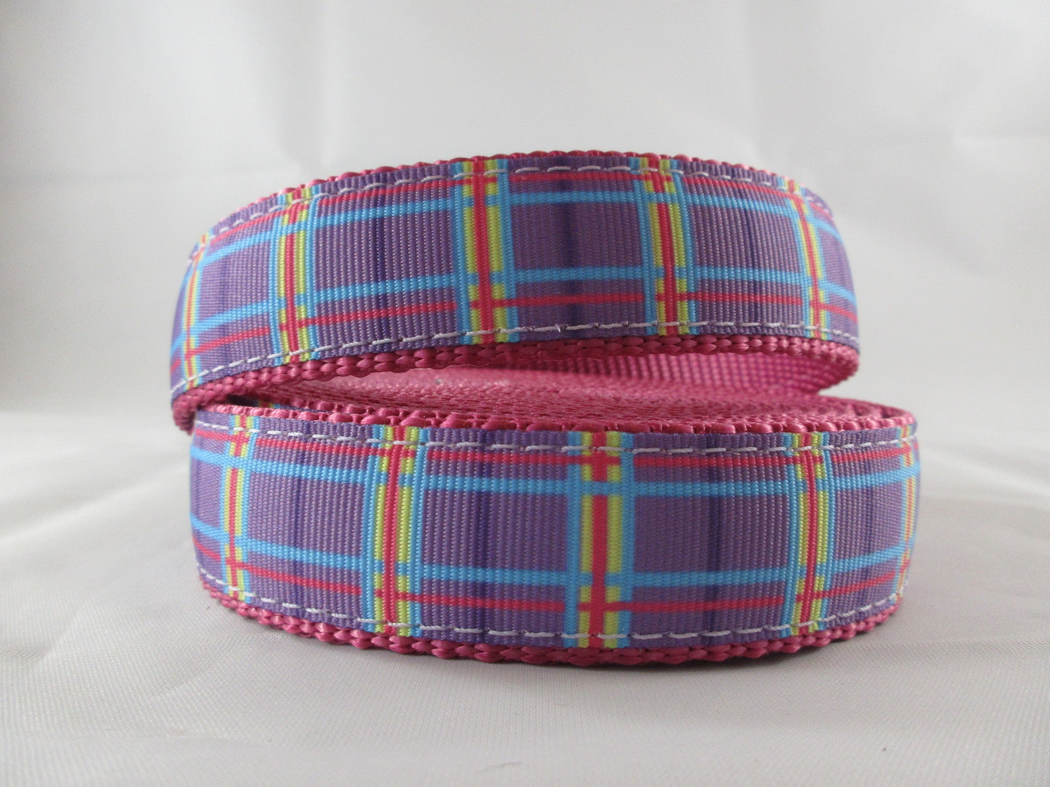 "3/4"" Spring Purple Plaid Leash - Penny and Hoover's Pig Pen"