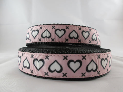 "3/4"" Stitched Hearts Leash - Penny and Hoover's Pig Pen"
