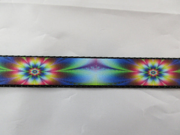 "1"" Tie Dye Flowers Leash - Penny and Hoover's Pig Pen"