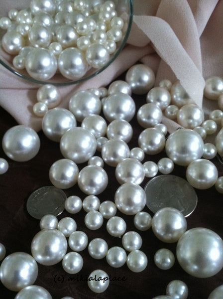White And Ivory Pearls No Holes Vase Fillers/Floating Pearl Centerpieces (375pc mix)