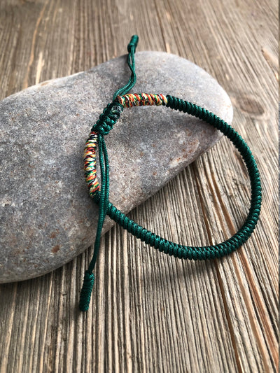 Lucky String Bracelet, Tibetan Buddhist Lucky Knots Bracelet Dark Green/Colorful For Love Harmony Transformation