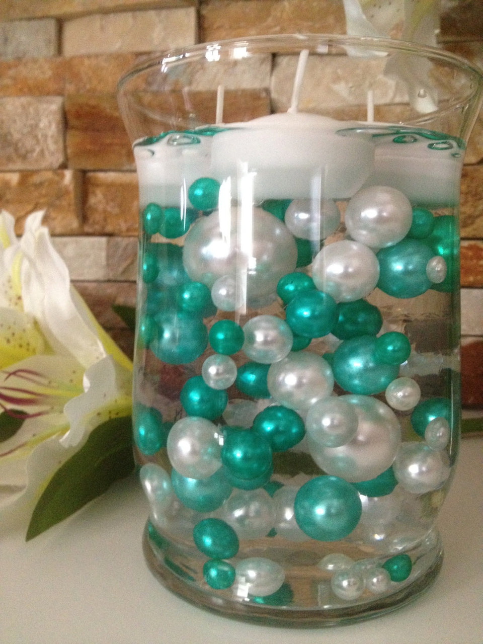 Vase Filler Pearls For Floating Pearl Centerpiece, Shamrock Green/White Pearls 80 Jumbo & Mix Size Pearls, No Hole Pearls