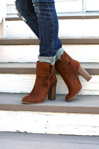 Audrey Cuff Booties - Tan