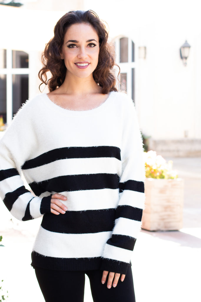 Eesome Black and White Striped Eyelash Sweater with Back Cutout (Front Closeup)