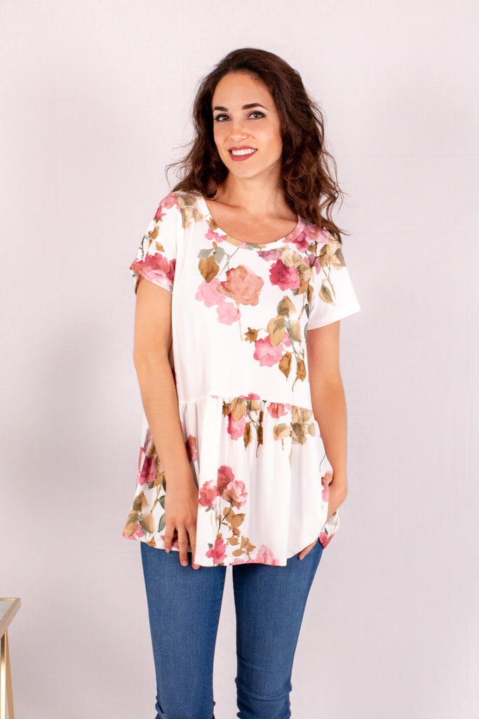 Cream/Floral Short Sleeve Swing Peplum Top Close Up