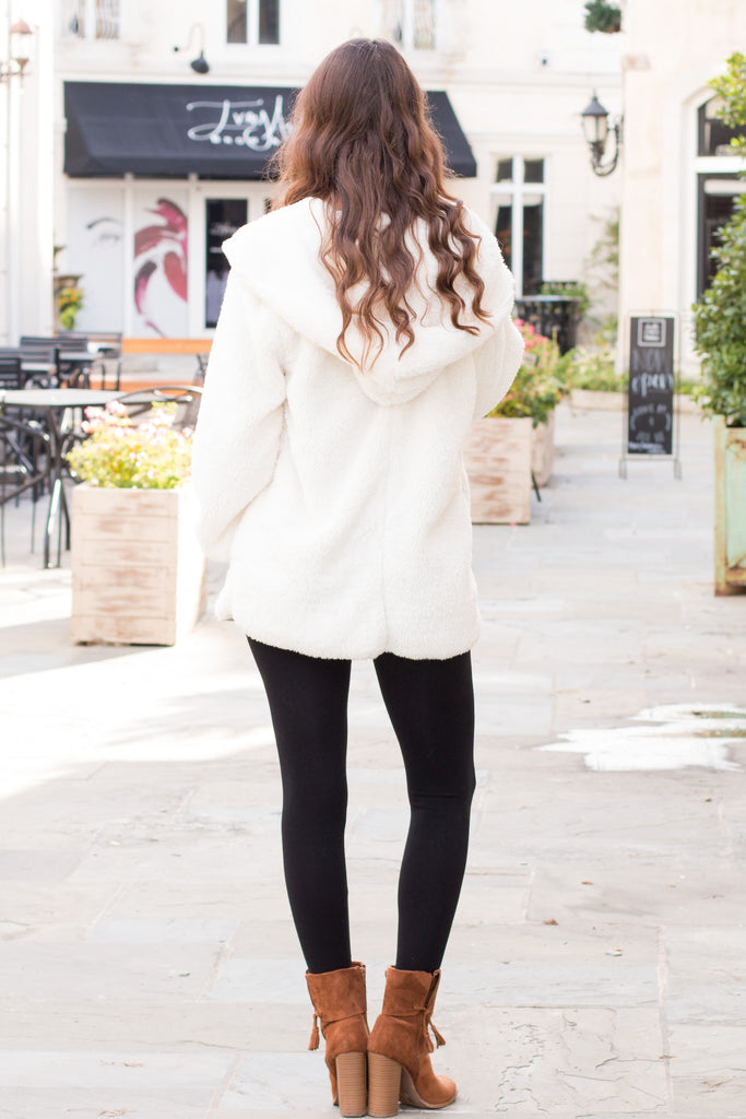 Eesome Teddy Jacket in Off White Fullbody Back View