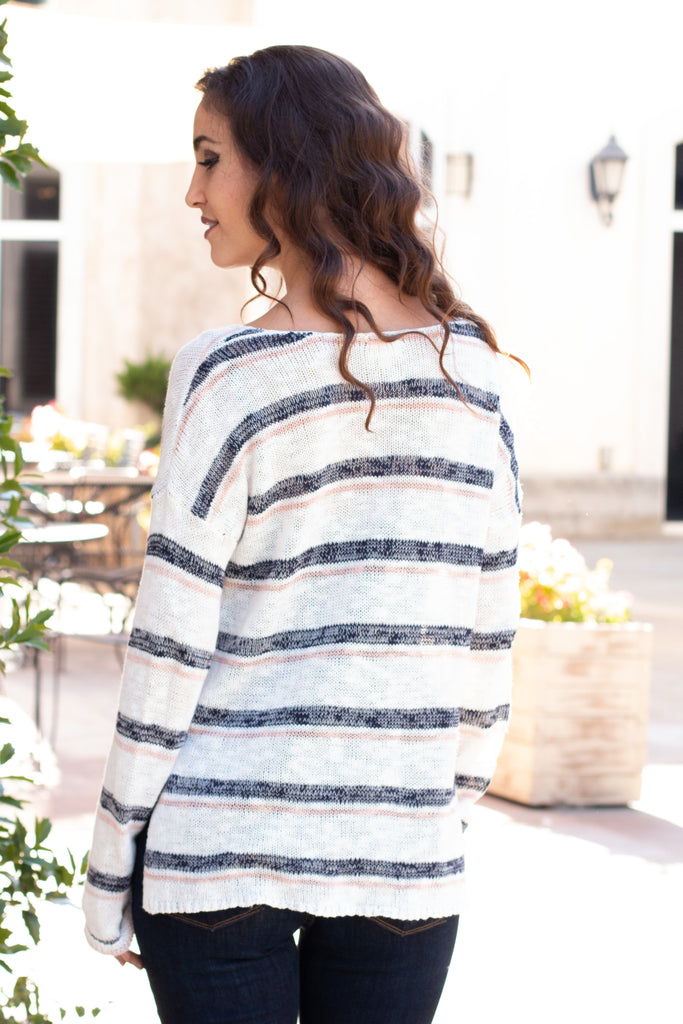 White and Gray/Pink Striped Slouchy Sweater with Slit Hem Back Close Up