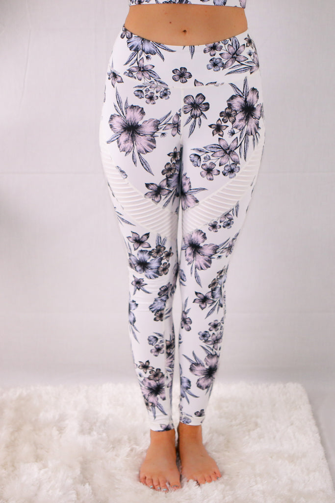 Valentina Boulevard High Waist Hibiscus Print Activewear Leggings with Mesh Inserts- Purple on White
