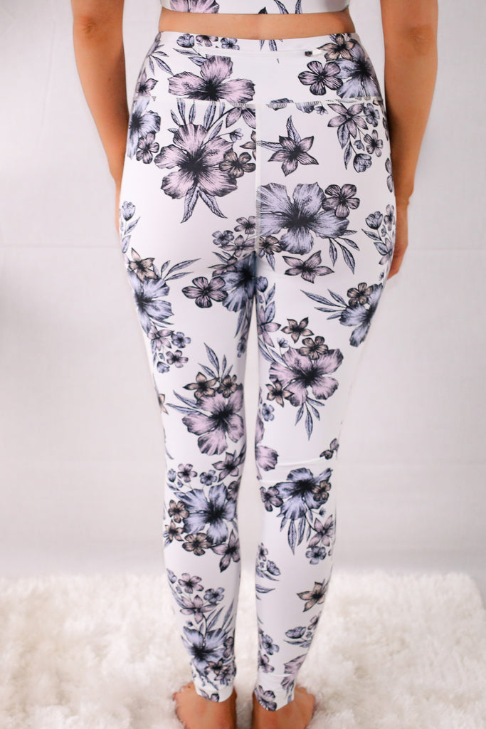 Valentina Boulevard High Waist Hibiscus Print Activewear Leggings with Back Zip Pocket- Purple on White