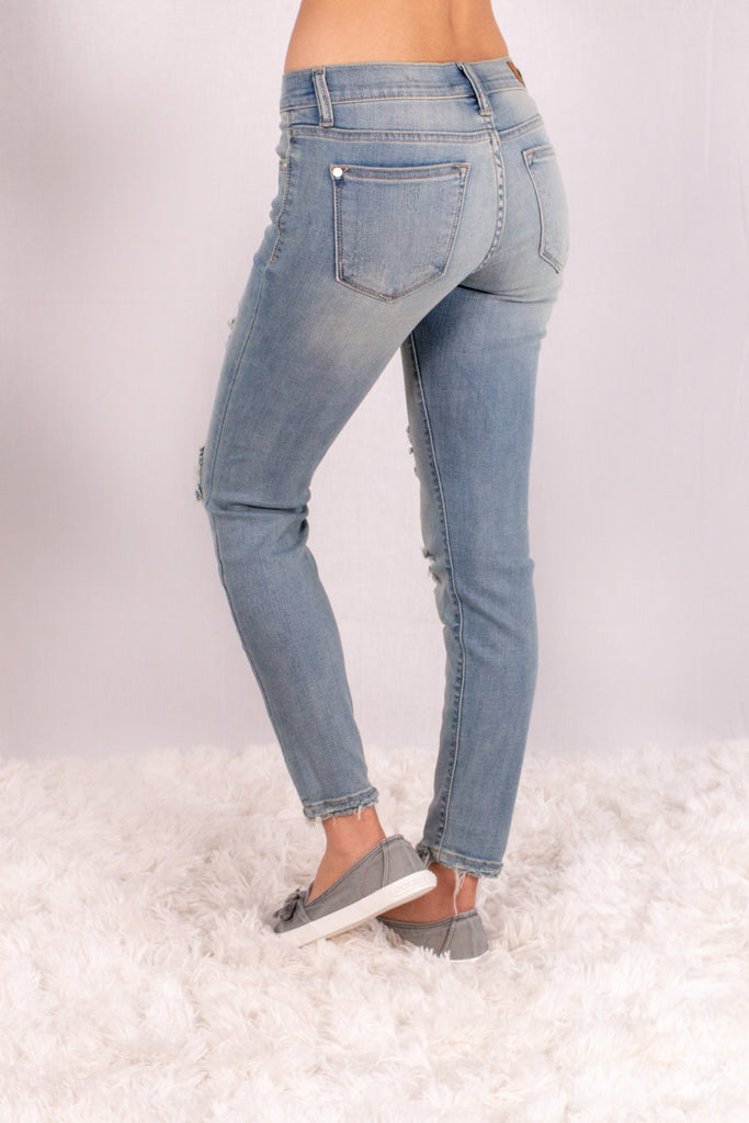Judy Blue Destroyed Crop Length Skinny Jean