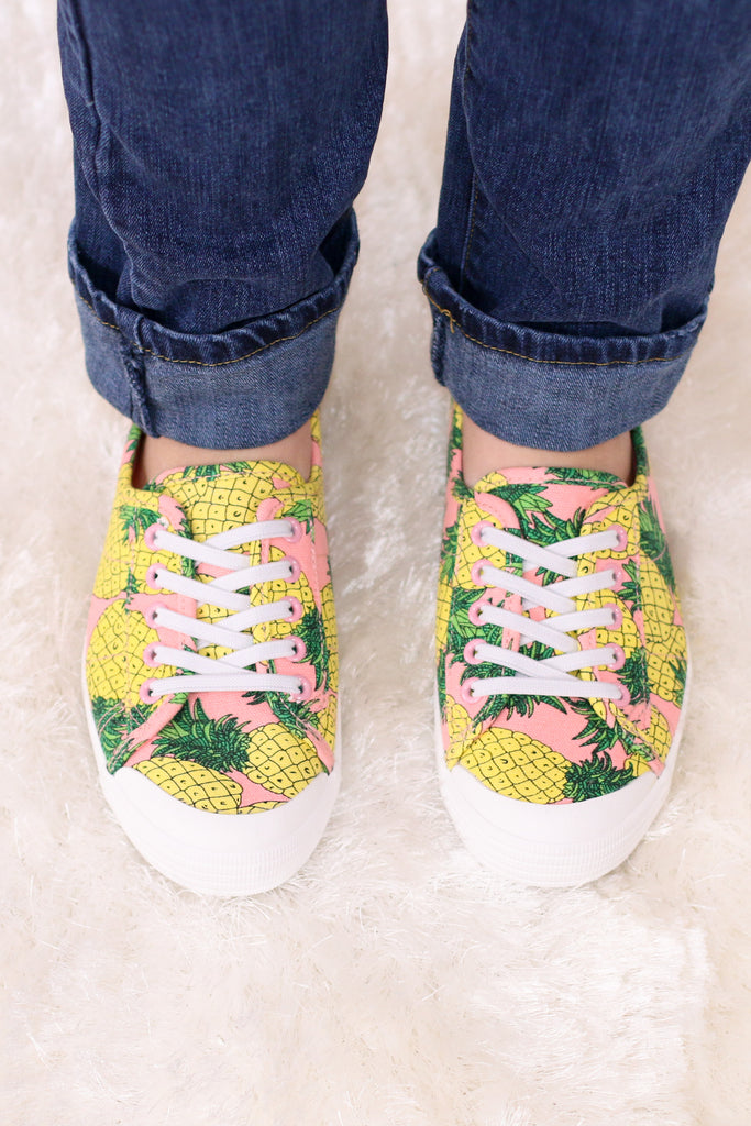 Pink/Yellow/Green Pineapple Print Slip-On Sneakers with Set Laces Front