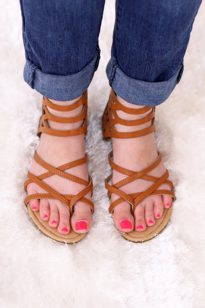 Valentina Boulevard Tan Geo Gladiator Sandals Strappy Detail View