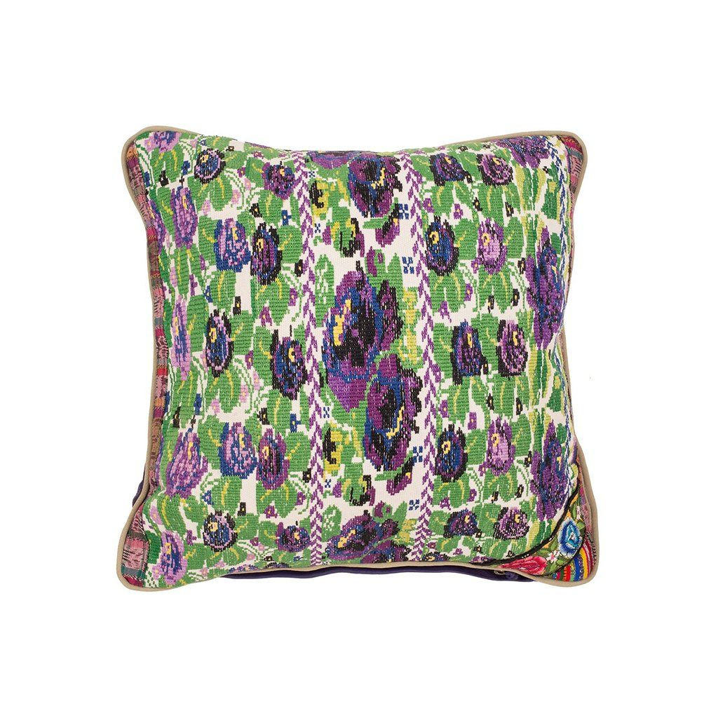 Needle Point Pillow <br><font size=3 color= red> * FINAL SALE 50% off *</font>