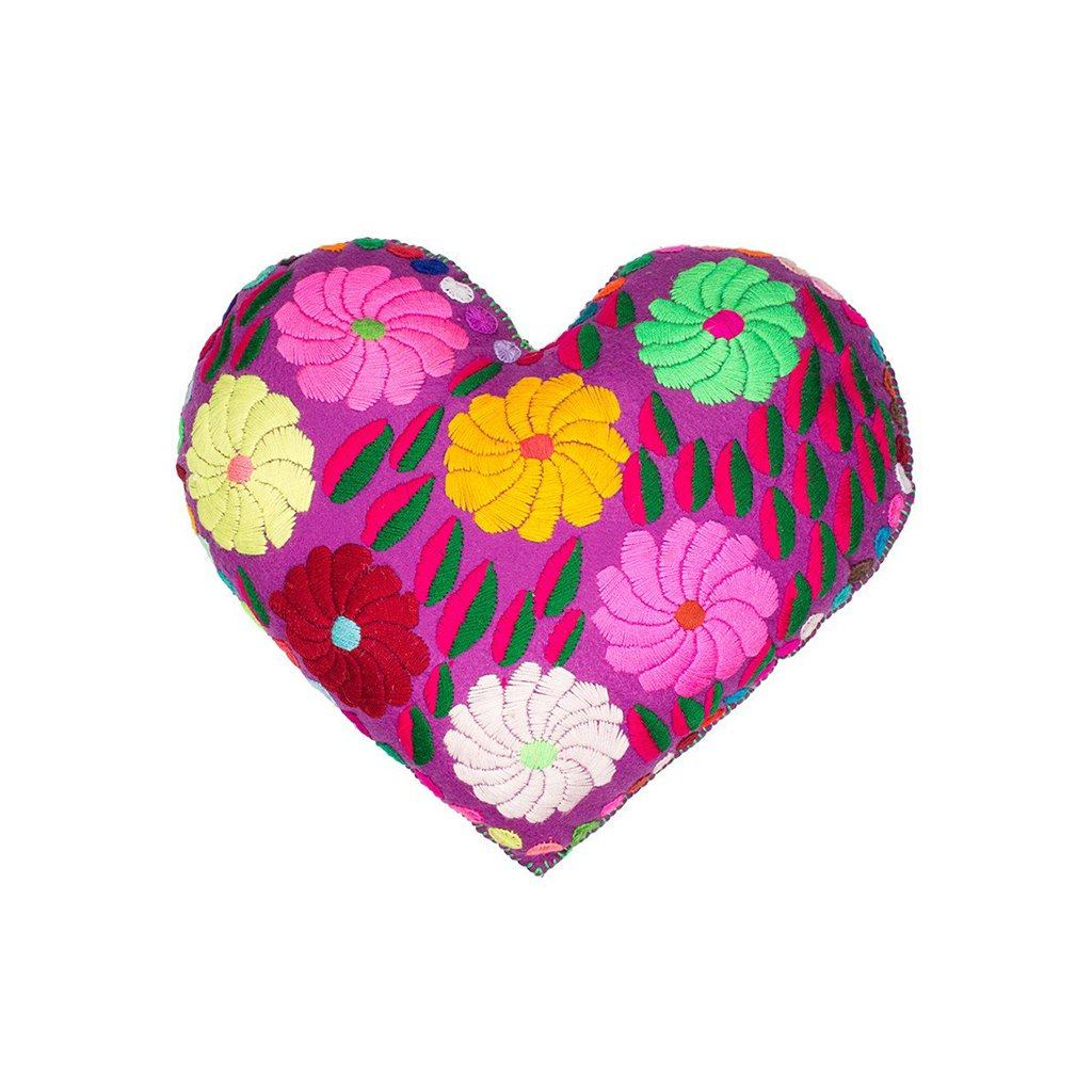 Nativa Corazon Pillow