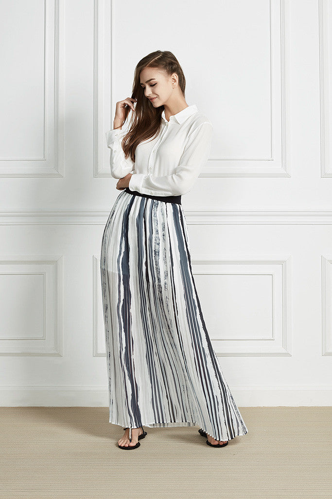 Strip Flowing print pleated maxi skirt