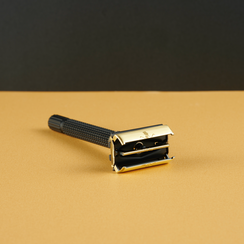 Black and Gold Adjustable Safety Razor Kit