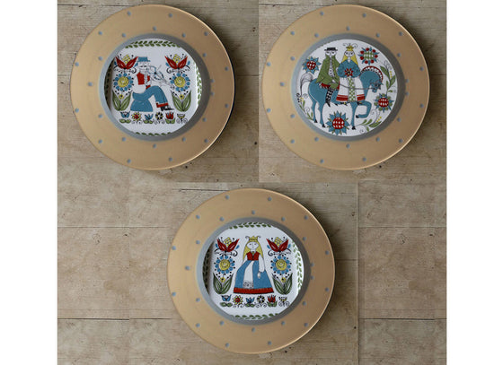 Antique Scandinavian design wall plates