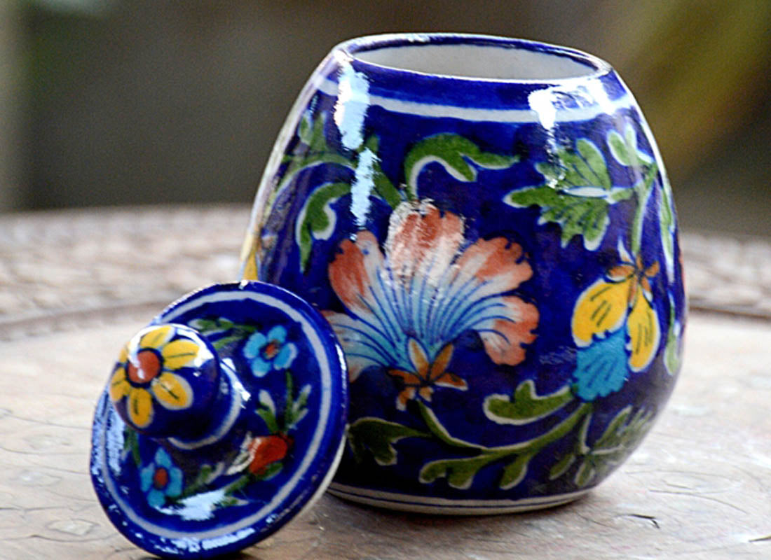 Exquisite Hand-painted Floral Design Round Jar