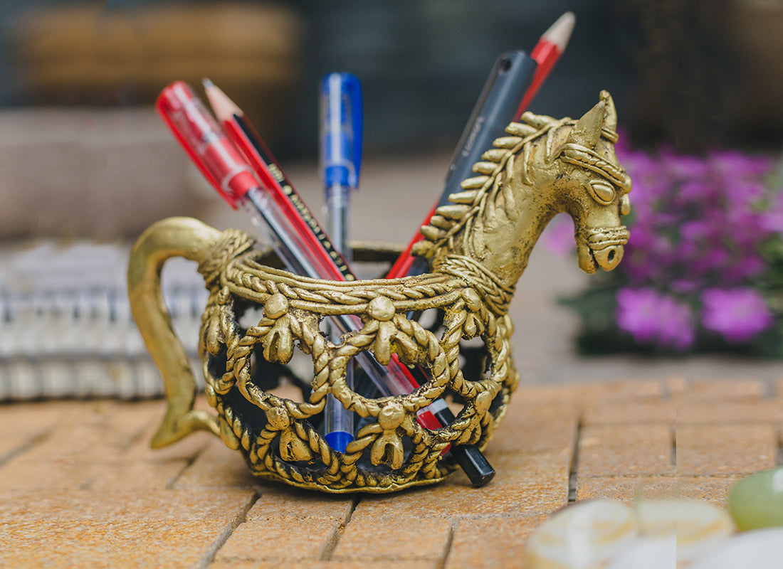 Dhokra Art Form Horse Pen Stand