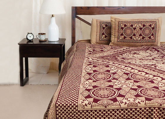 Contemporary ethnic print cotton bed sheet